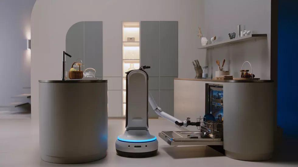 روبوتات التنظيف والمساعدة